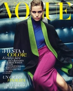 luna-bjil-vogue-mexico-december-2018